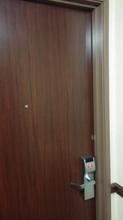 Fairfield Inn & Suites Dayton Troy: Entrance for the Room 326 - door
