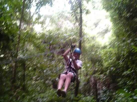 SunTrails Montezuma Waterfall Canopy Tour : Zipline canopy tour