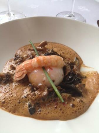 Restaurant du Chateau de Divonne : l'oeuf mollet.