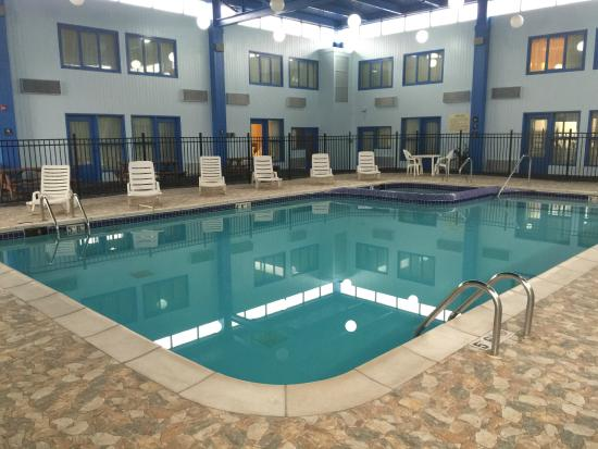 Baymont Inn Suites Southfield Detroit Updated 2018 Prices Hotel Reviews Mi Tripadvisor