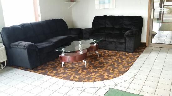 Horizon Inn Motel: lobby