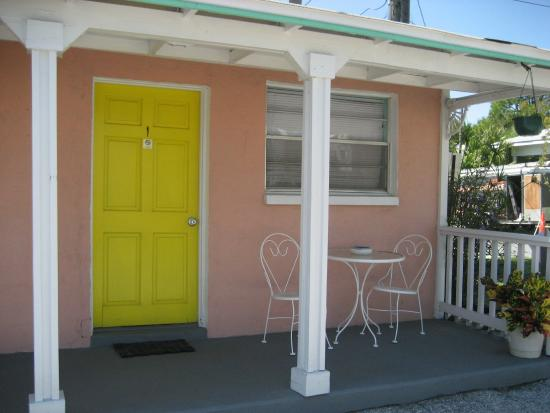 The Gulf Side Motel: Room 1 Sleeps 2. Table for 2 enjoy your coffee.