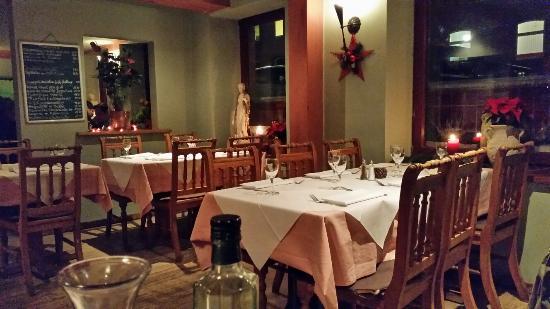 gem tliches restaurant picture of ristorante borsalino hamburg tripadvisor. Black Bedroom Furniture Sets. Home Design Ideas