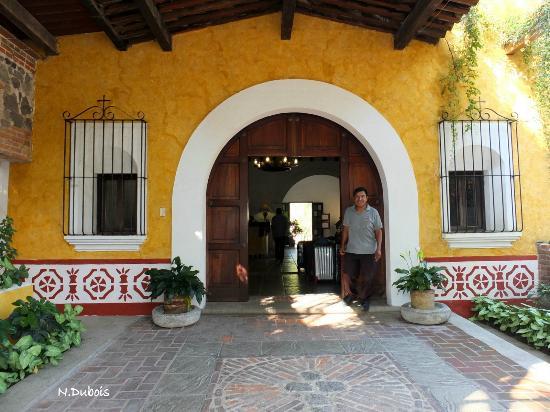 Villa Colonial: Entrée de l'hôtel