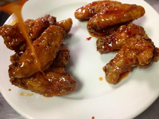 Photo of American Restaurant O! Wing Plus at 10094 Page Ave, Saint Louis, MO 63132, United States