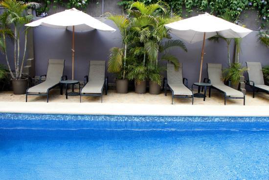 Hotel Arco Iris: Pool