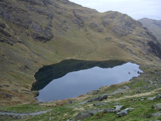 Old Man of Coniston : The tarn