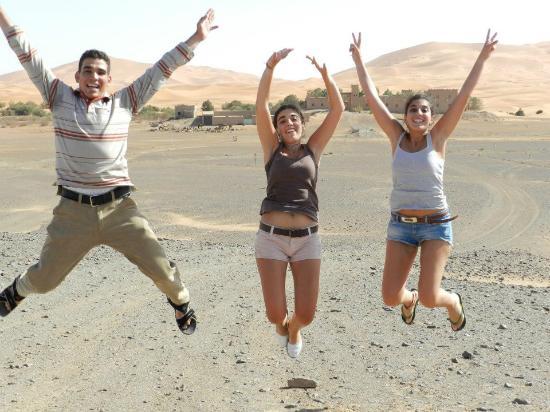 Merzouga : Hassan, mi hermana y yo! :-)