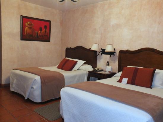 Hotel Las Farolas: Superbe chambre