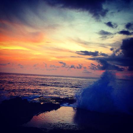 Nusa Lembongan, Indonesia: Sunset at devils tear