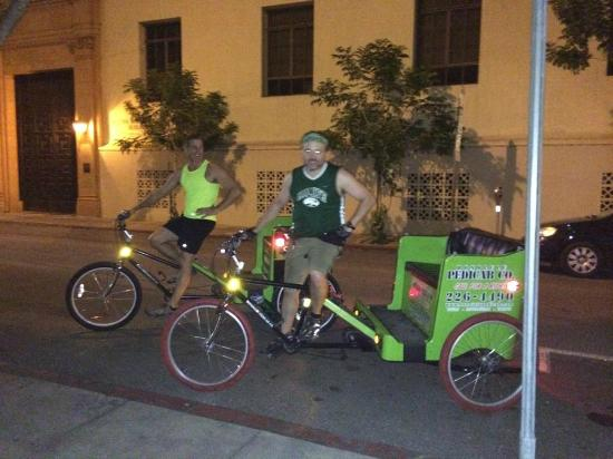 Honolulu Pedicab & Tours: Our tour drivers