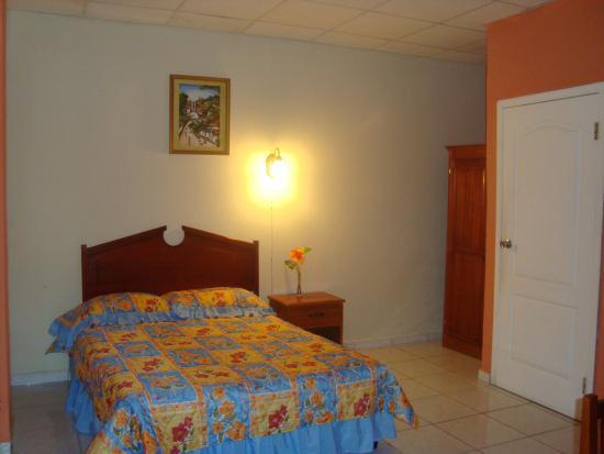 Hotel Portal de Honduras : Habitación