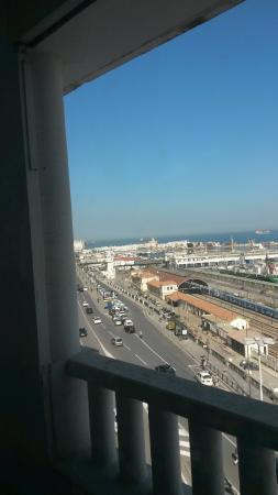 Safir Hotel Alger: Vue sur le port