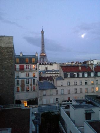 Bath picture of hotel jardins d 39 eiffel paris tripadvisor for Jardins hotel paris