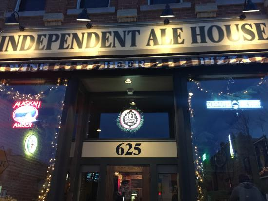 Independent Ale House: Building Front