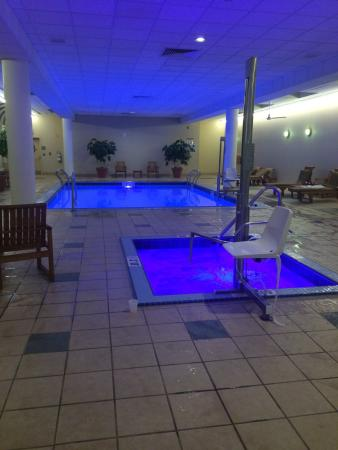 The Westin Cincinnati: Pool and hot tub. Very impressed they have a chair to help handicap into the water. Very impress