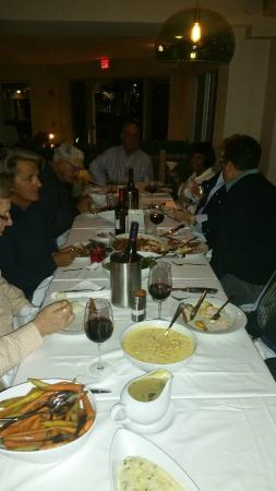 Village Cafe: AL and his guests enjoying a great time!
