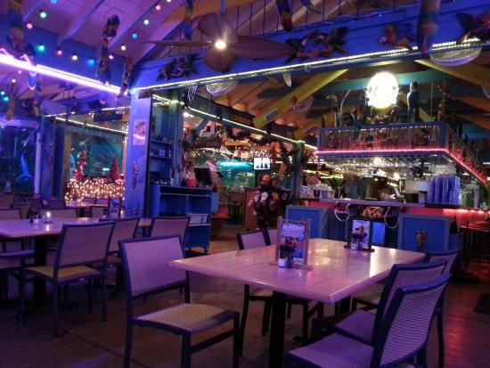 Parrot Key Caribbean Grill Lokal Tresen