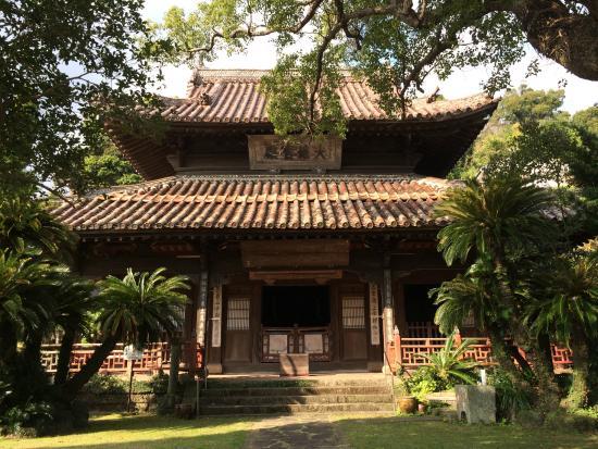 Shofukuji Temple: 本堂