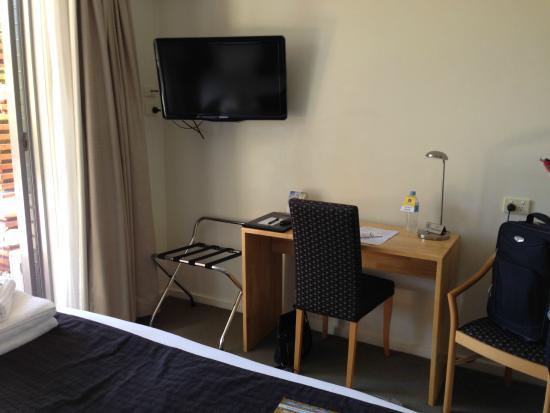 Comfort Inn & Suites Warragul Motel: TV