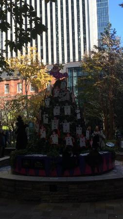 Marunouchi Brick Square: ❤️