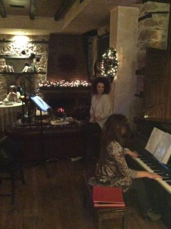 Palea Poli Hotel : βραδιά πιάνο