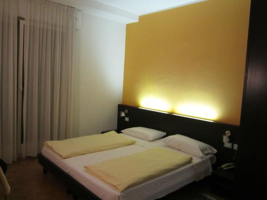 Hotel Garni Domus Mea: Camera