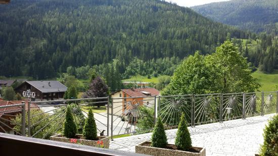 Hotel Garni Sonnblick : Vista dal terrazzo