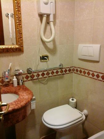 Hotel Del Corso: Bagno