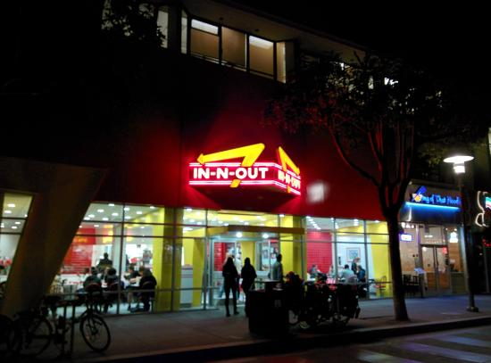 in n out burger In N Out Tops Lyfts List Of Most Popular Late Night Drop Off Spots