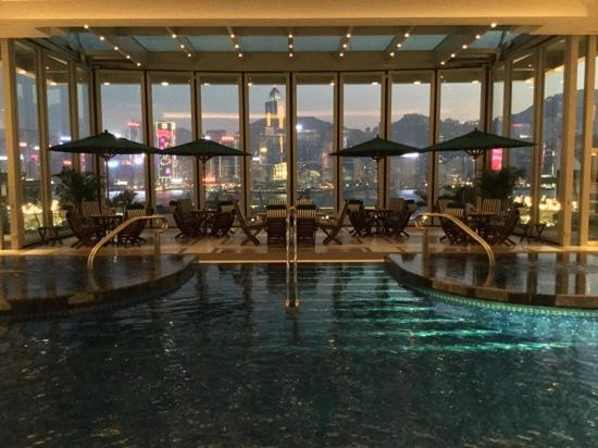 Superior The Peninsula Hong Kong: Swimming Pool At Dusk