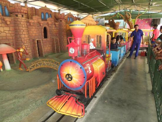 Wonderla Amut Park The Toy Train Ride For Kids