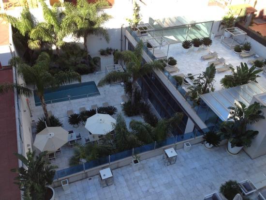 Hotel Indigo Barcelona - Plaza Catalunya: piscina