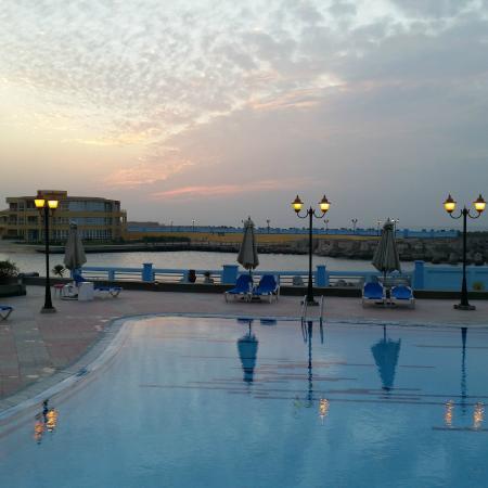 Mediterranean Azur Hotel: swimming pool