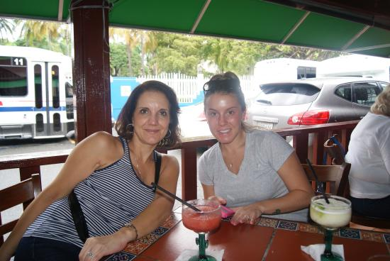 Lupi's Mexican Grill & Sports Cantina: nice atmosphere