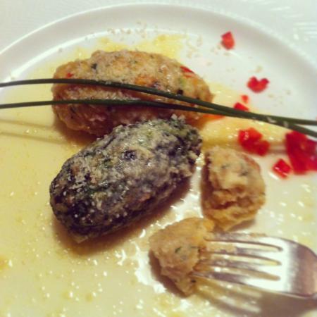 Hotel Dolomiten: Tris di gnocchi di formaggi spinaci e verdure