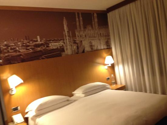 Starhotels Tourist: Cama