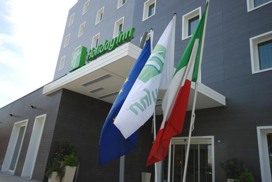 Holiday Inn Milan Nord-Zara