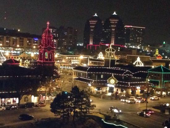 view of plaza picture of intercontinental kansas city at. Black Bedroom Furniture Sets. Home Design Ideas