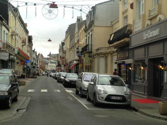Hotel Le Carnot : A l'angle de la jolie rue Carnot