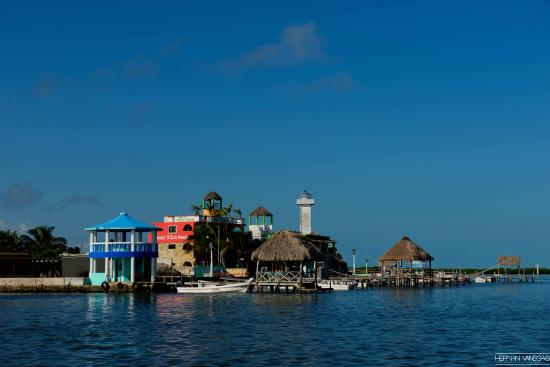 Hotel Villa de Pescadores : View of the hotel from the boat