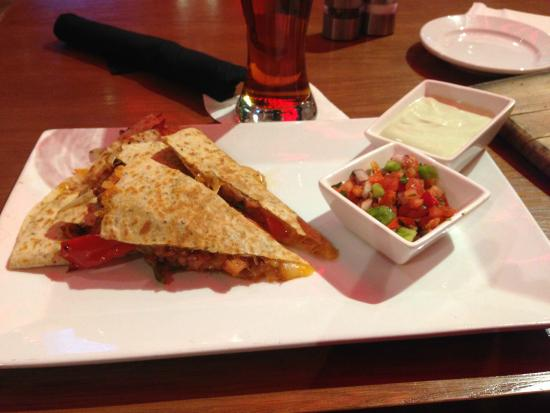 Cardinals Nation: Quesadilla with pulled pork