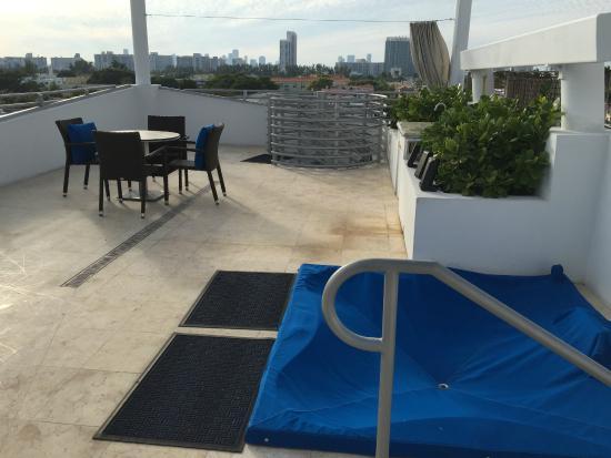 Z Ocean Hotel South Beach Private Sun Deck With Hot Tub