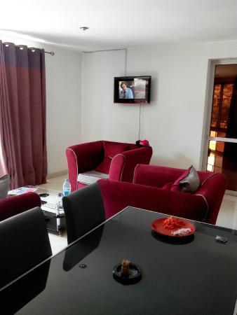 Hotel De La Pergola: salon