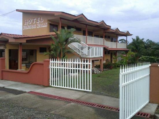 Hotel Suenos del Volcan: Hotel!!