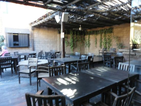 Baja Brewing Company : Área externa da Baja