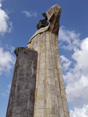 Monumento de Fray Anton de Montesinos