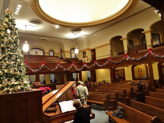 Edenton Baptist Church: Another view of the scantuary for the Christmas Candlelight Tour