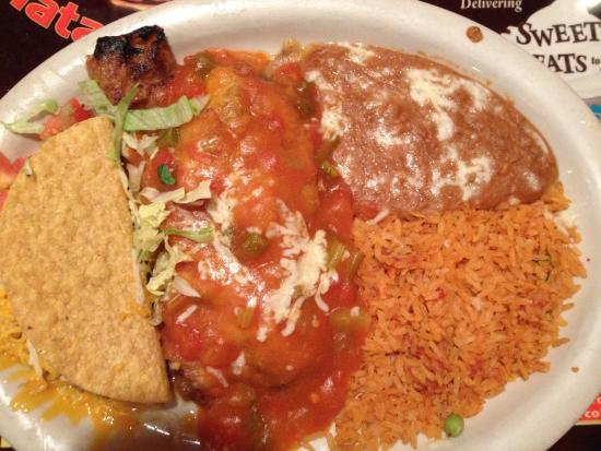 El Matador Restaurant: Chile Relleno stuffed with Chicken and Chorizo