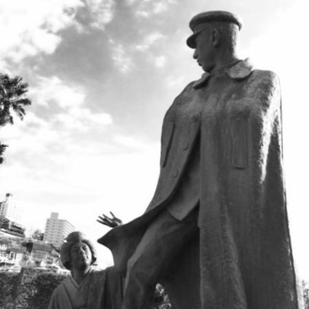 Omiyanomatsu / Statue of Kanichi and Omiya: 『 Kanichi & Omiya 』